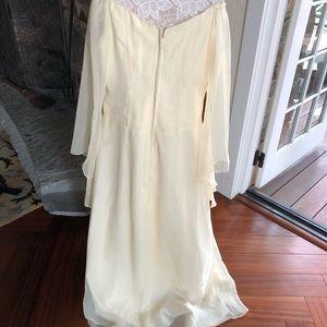 Vintage Dresses - Vintage ☀️ sunny gown